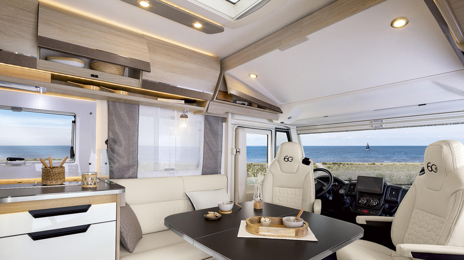 Interior photos RAPIDO Camper 8096dF