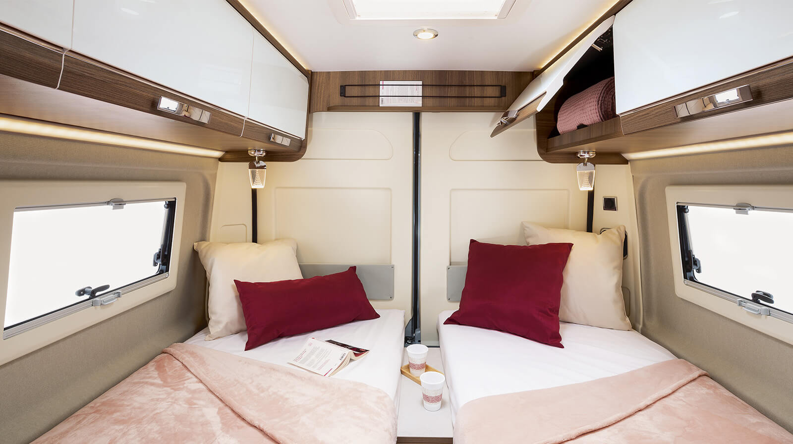 Interior photos RAPIDO Camper V68